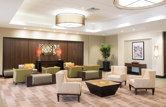 Hotelhalle DoubleTree by Hilton Grand Rapids Airport