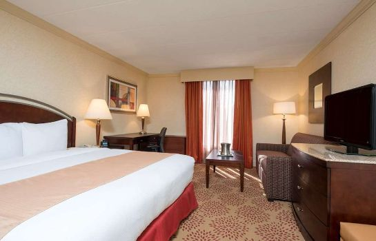 Zimmer DoubleTree by Hilton Grand Rapids Airport