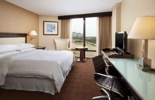Zimmer Sheraton Dallas Hotel by the Galleria