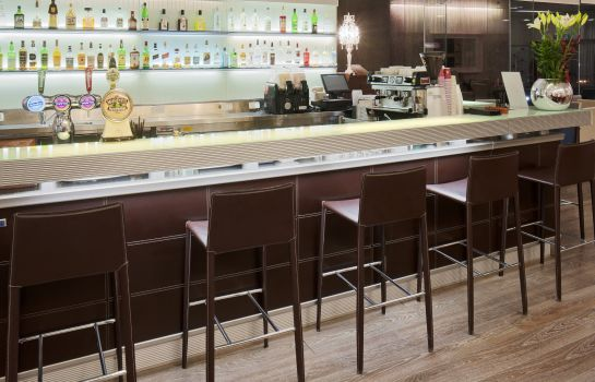 Bar hotelowy Crowne Plaza TEL AVIV BEACH