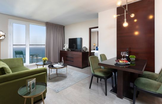 Suite Crowne Plaza TEL AVIV BEACH