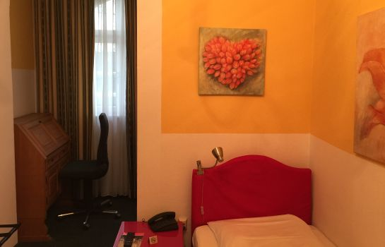 Single room (superior) Galleria Garni