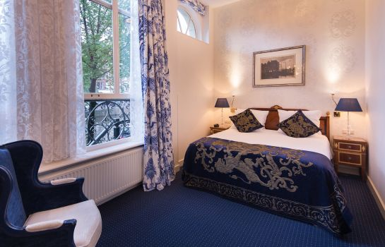 Double room (standard) Ambassade Hotel