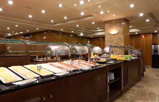 Breakfast buffet Agumar