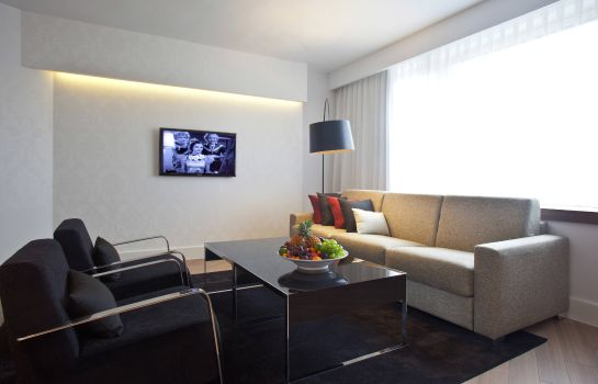 Suite Courtyard Madrid Princesa