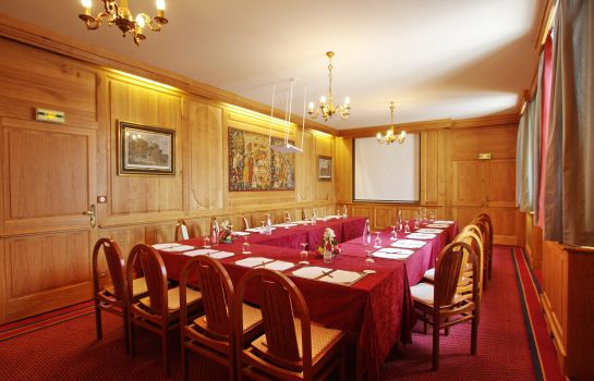 Conference room Le Cep Small Luxury Hotels