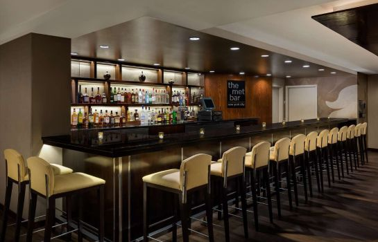 Bar de l'hôtel DoubleTree by Hilton Metropolitan - New York City