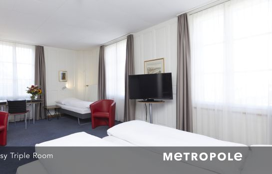 Habitación triple Metropole Easy City Hotel