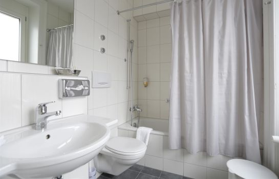 Bagno in camera Best Western Plus Hotel Bahnhof
