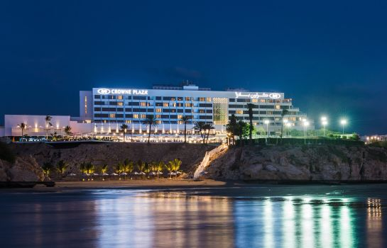 Exterior view Crowne Plaza MUSCAT