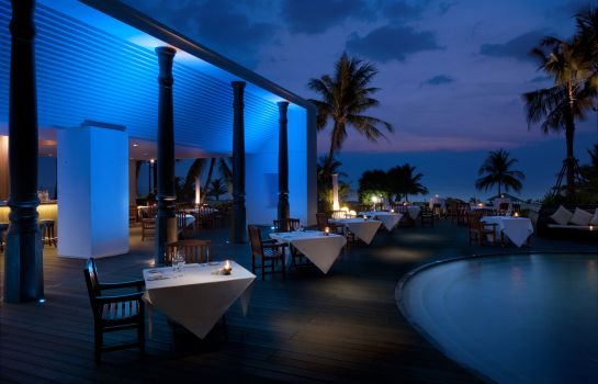 Restaurante Hilton Phuket Arcadia Resort & Spa