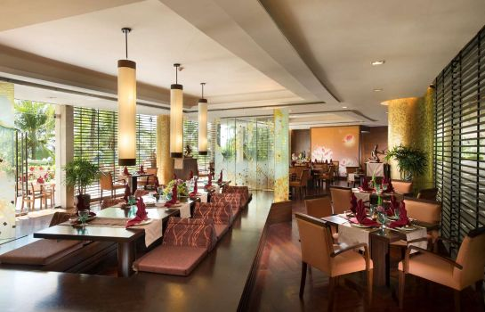 Restaurant Hilton Phuket Arcadia Resort & Spa