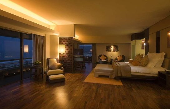 Suite Hilton Phuket Arcadia Resort & Spa