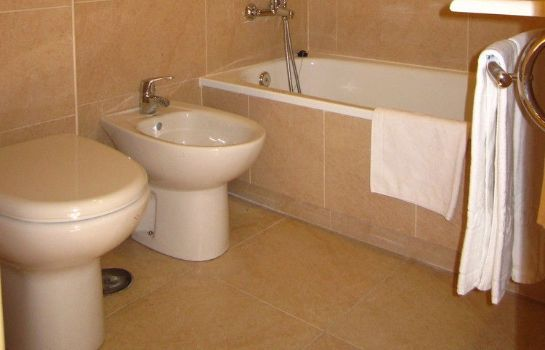 Bathroom Hotel San Fermín