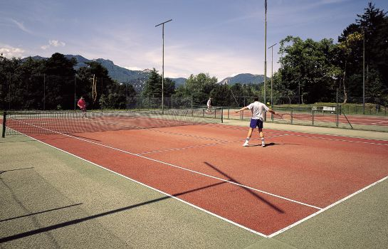Tennis court Palace Grand Hotel Varese