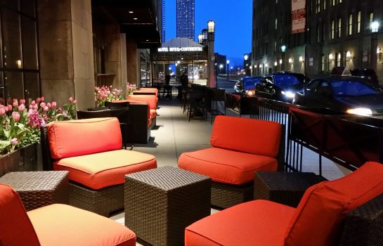 Bar del hotel InterContinental Hotels CHICAGO MAGNIFICENT MILE