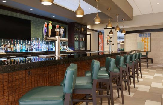 Hotel bar Embassy Suites by Hilton Jacksonville Baymeadows
