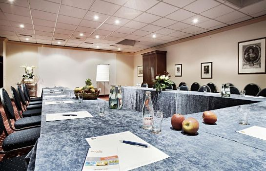 Conference room Hotel Düsseldorf City by Tulip Inn