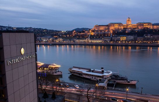 Buitenaanzicht InterContinental Hotels BUDAPEST