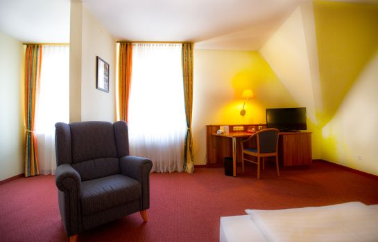 Chambre double (confort) Burghotel
