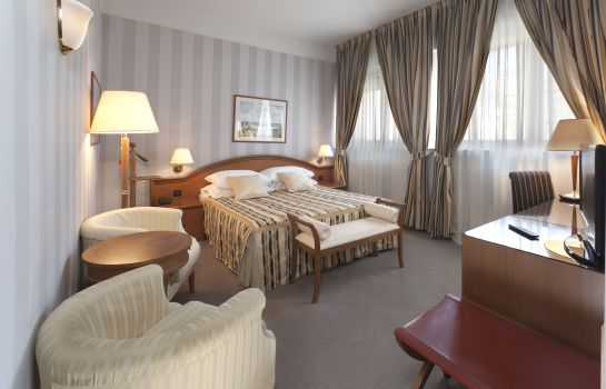 Double room (standard) Grand Hotel Bonavia