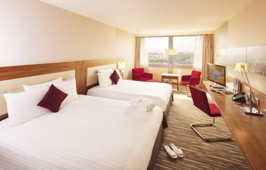 Double room (superior) Moevenpick Hotel & Casino