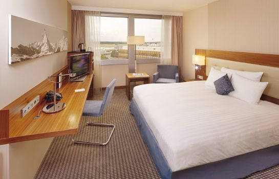 Single room (standard) Moevenpick Hotel & Casino