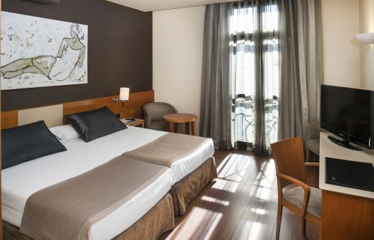 Double room (standard) Catalonia Plaza Cataluña