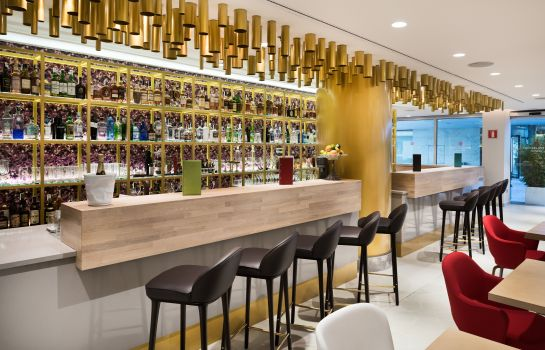 Hotel bar NH Collection Madrid Eurobuilding