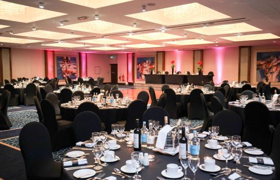 Sala de reuniones Renaissance London Heathrow Hotel