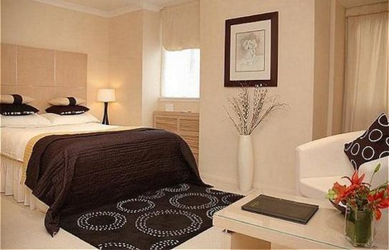 Room The Beaufort Knightsbridge