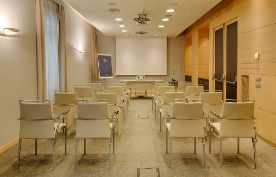 Meeting room NH Milano Touring