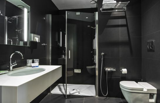 Bathroom NH Milano Touring
