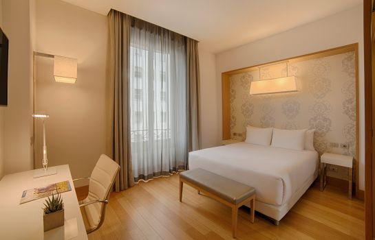 Double room (standard) NH Milano Touring