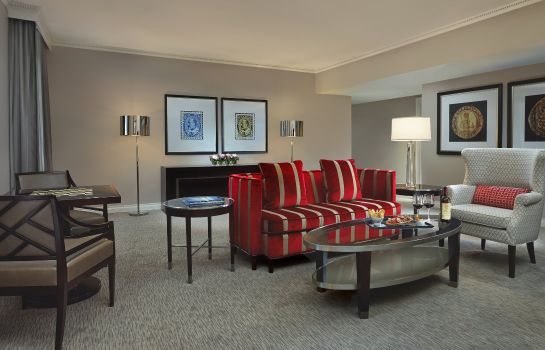 Suite The Omni King Edward Hotel