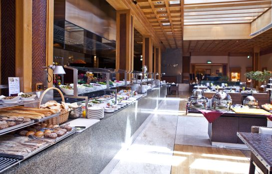 Breakfast room RADISSON BLU DUBAI DEIRA CREEK