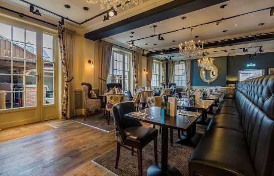 Ontbijtzaal The Golden Fleece Hotel