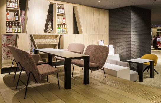 Bar de l'hôtel Novotel Resort & Spa Biarritz Anglet