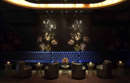 Hotel bar Sofitel Los Angeles at Beverly Hills