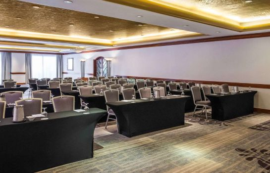 Conference room Pullman Miami Airport