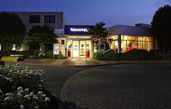 Exterior view Novotel Coventry M6 J3