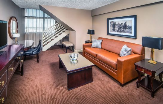 Suite Sheraton North Houston at George Bush Intercontinental