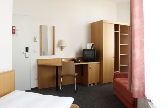 Single room (standard) Berliner Hof
