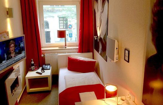 Single room (standard) Alt Deutz City-Messe-Arena