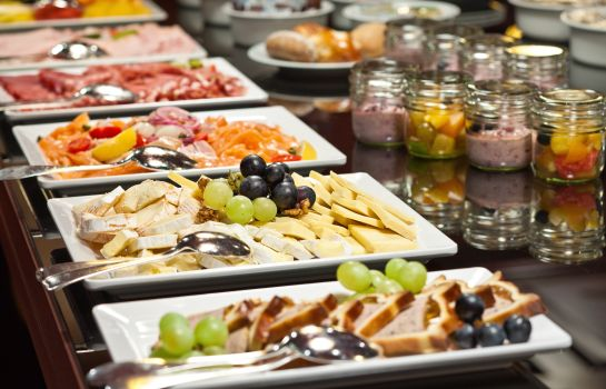 Breakfast buffet FIFA Hotel Ascot