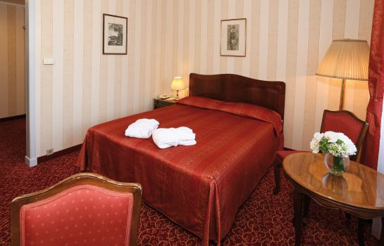Double room (standard) Danubius Grand Margitsziget