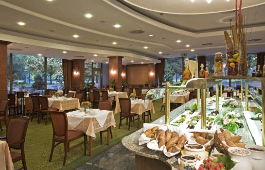 Buffet prima colazione Danubius Health Spa Resort Margitsziget