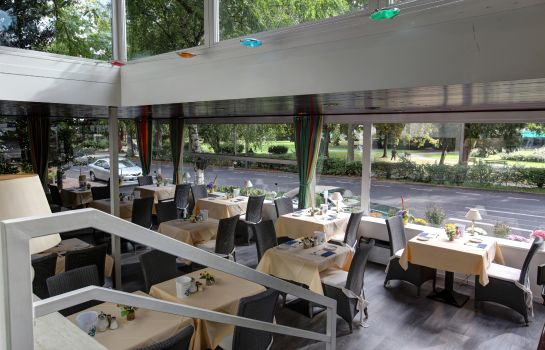 Breakfast room HOTEL EDEN - AM KURPARK
