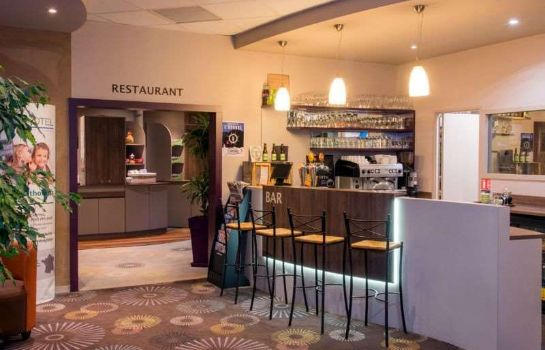 Hotel bar Brit Hotel Tours Sud – Le Cheops