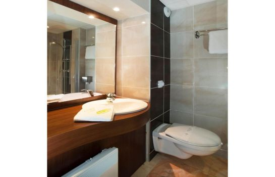 Bathroom Brit Hotel Tours Sud – Le Cheops